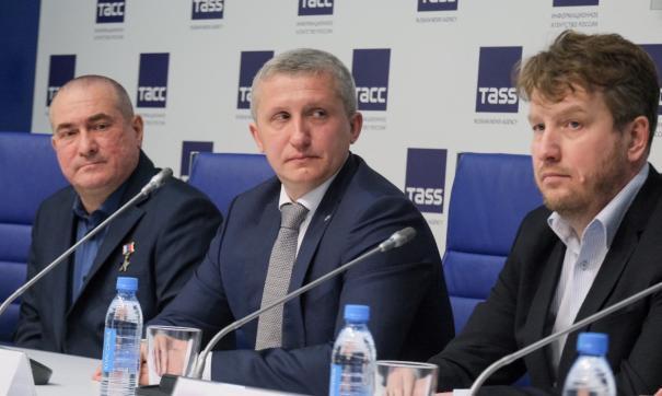 Алексей Невьянцев заручился поддержкой полпредства