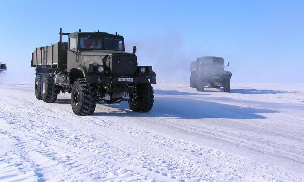 На Ямале из-за сильных морозов закрыли зимник