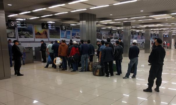 Ежегодный приток мигрантов в Россию составляет более 16 миллионов человек