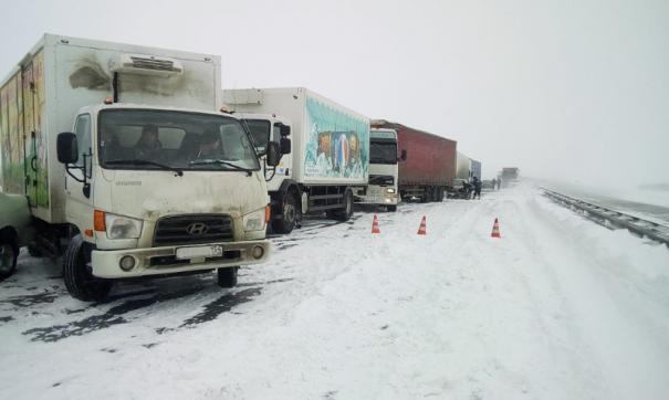 Под Новосибирском произошла массовая авария