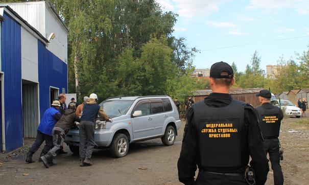 Минфин поддержал появление в России частных судебных приставов