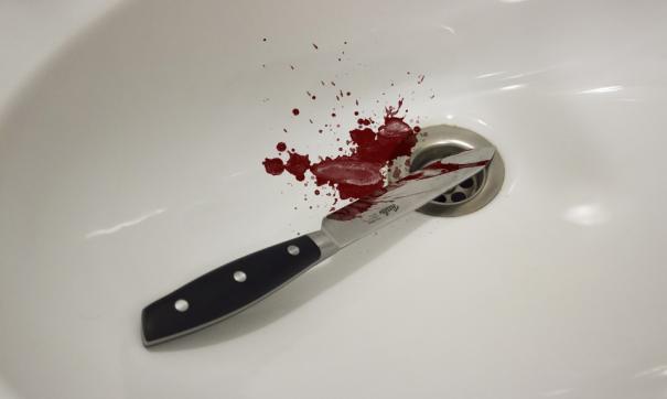 Удар ножом подросток нанес отчиму во время ссоры