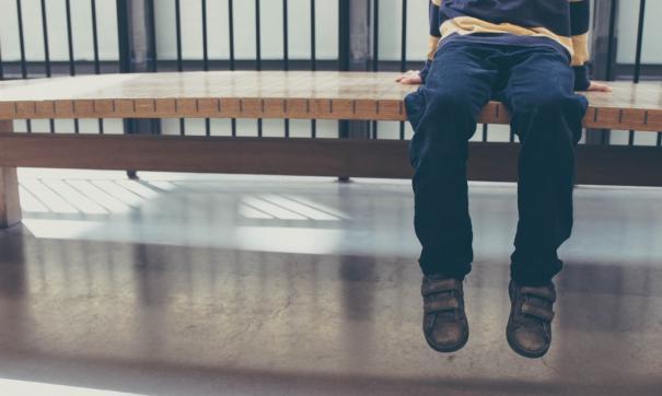 Уполномоченный по правам ребенка в Омской области считает, что мальчику нежелательно встречаться с отчимом