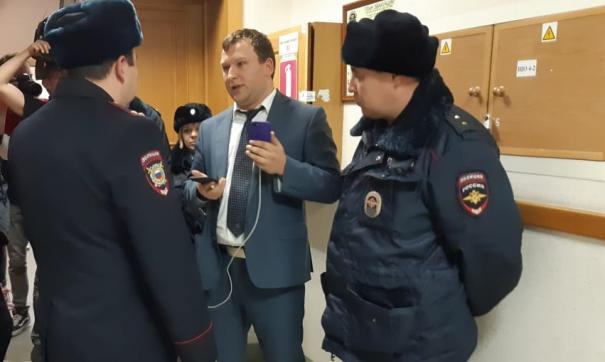Лебедев выступит в суде против омбудсмена Шарпилова