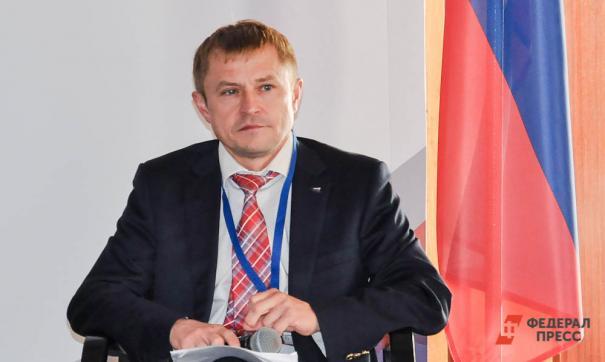 По словам Калинина, недостаток денег в бюджетах приводит к кризису в системе муниципального управления