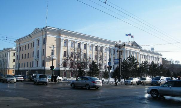 Мэр Хабаровска обиделся на девушку-блогера и потребовал лишить ее работы