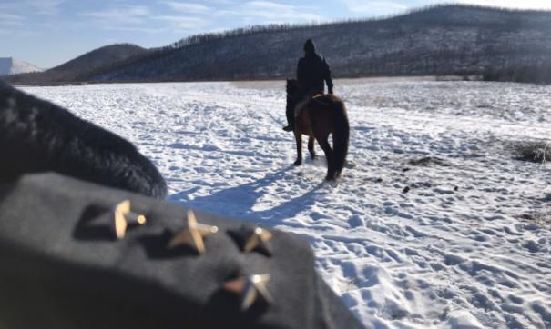 Следственно-оперативной группе пришлось отправиться вглубь тайги на лошадях.
