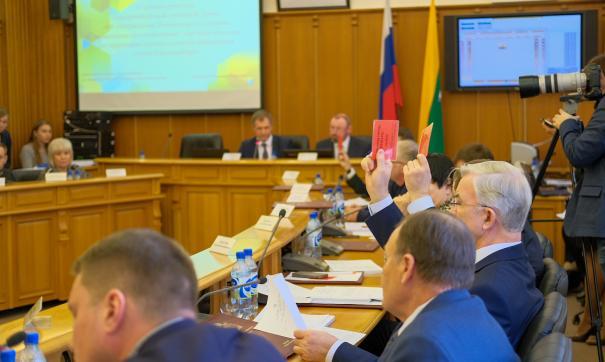 Екатеринбургские депутаты опять не утвердили новые правила для владельцев киосков.