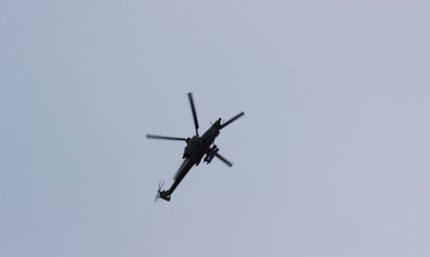 У вертолета повреждены хвост и винт