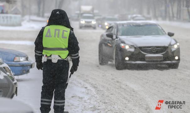 В Алтайском крае из-за метели закрыли две дороги