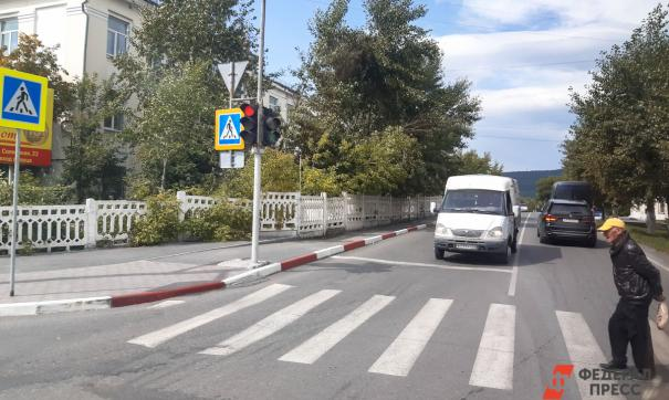 Томские дорожники нанесут на переходы возле школ звуковые полоски с вибрацией