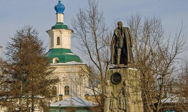 Споры вокруг памятника Колчаку идут с момента его установки
