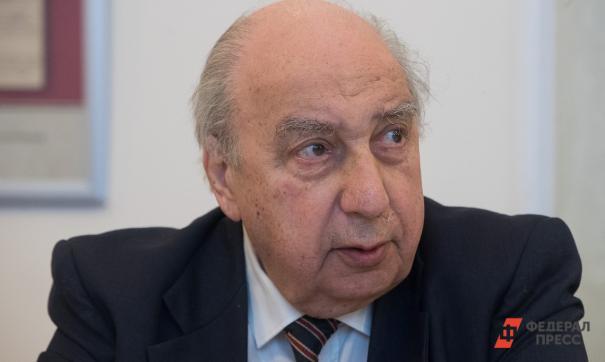 Чубарьян предложил закрепить в Конституции пожизненное назначение сенаторов