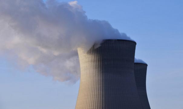 Напряженную экологическую ситуацию вызвали штиль и смена ветра