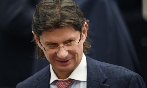 Леонид Федун также сообщил, что разрыв сделки с ОПЕК выгоден в первую очередь для США