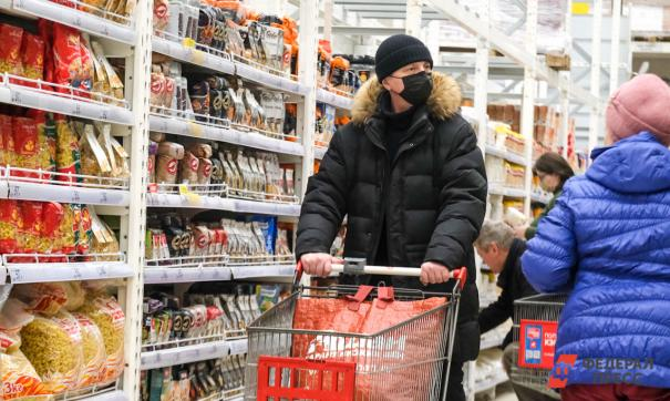 В Российском топливном союзе уверены: чем больший ассортимент людям предложит АЗС, тем меньше будет поводов ехать в гипермаркет