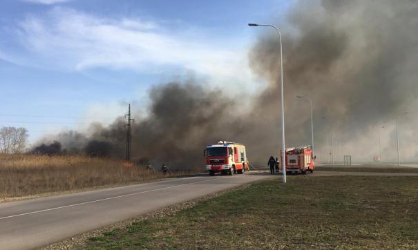 Пожарный погиб при тушении крупного пожара в Ростове-на-Дону