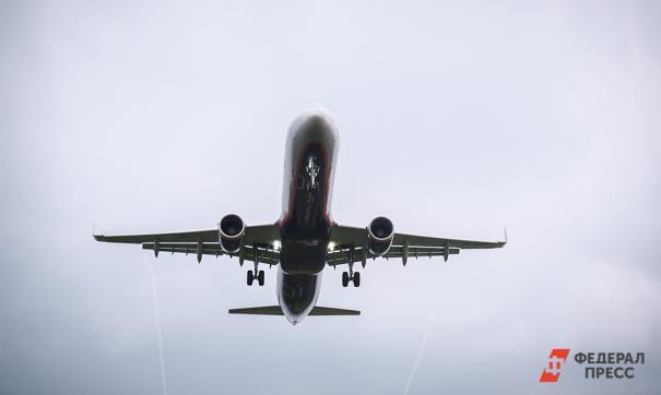 Авиалайнер в небе