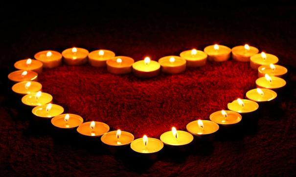 Сердце из свечек