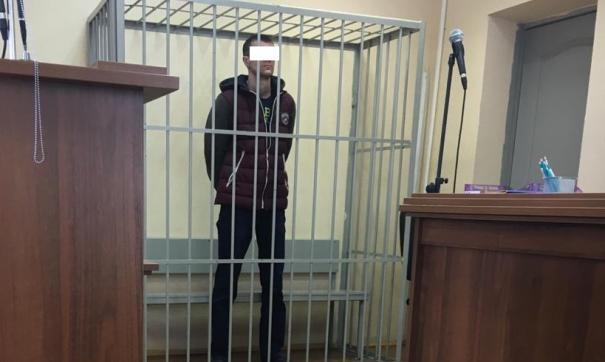 Зарезавшего жену у здания суда свердловчанина отправили в СИЗО на два месяца
