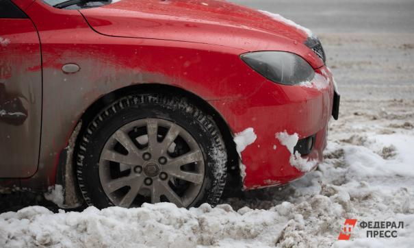 Россиянин на автомобиле снес ворота погранпункта Эстонии