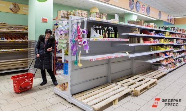 Власти Саратова объяснили ажиотаж вокруг продуктов в магазинах