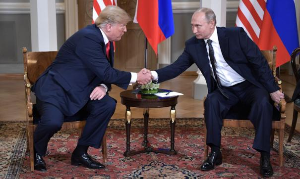 Трамп и Путин обсудили пандемию коронавируса по телефону