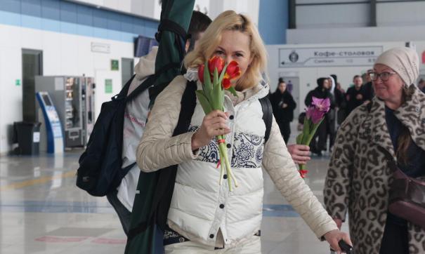В России прошла праздничная акция в честь 8 Марта