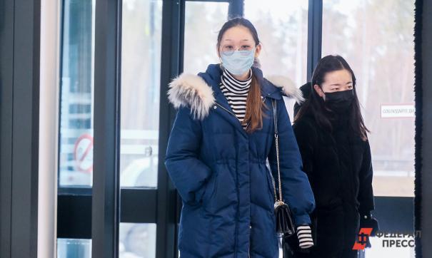 В Ноябрьске медики начали шить маски для персонала и пациентов