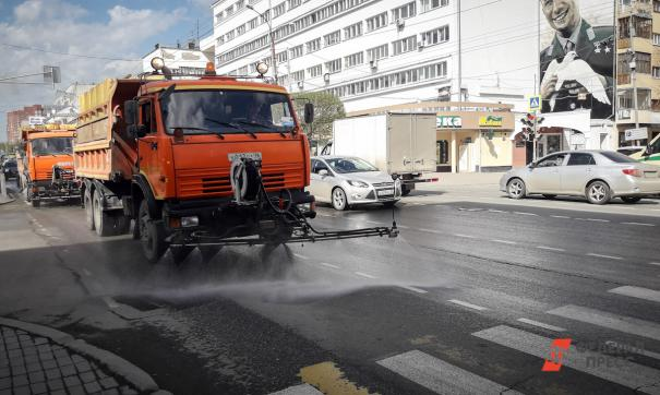 В Екатеринбурге к 30 апреля планируют завершить генеральную уборку города