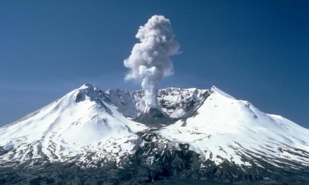 На Камчатке вновь зафиксировали активность вулкана Шивелуч