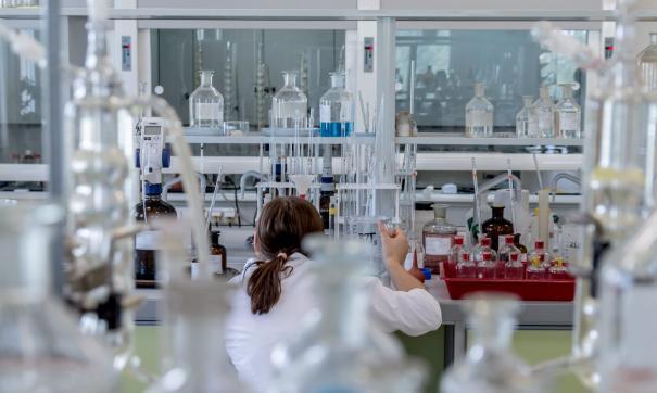 В течение 1-2 месяцев планируется увеличить 20-30% объем выпуска противовирусных препаратов