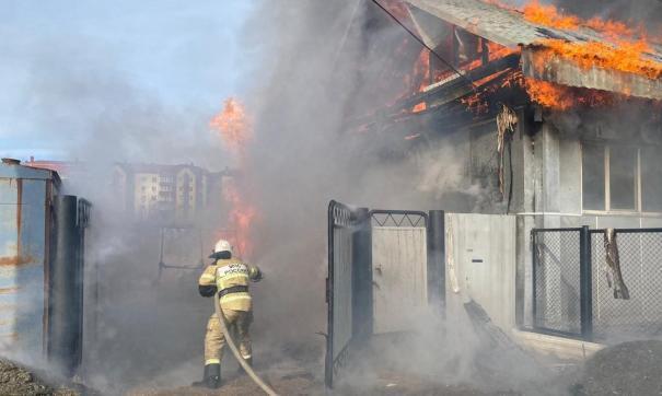 В Ивделе едва не взорвались два частных дома