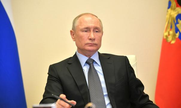 По словам Путина, пик эпидемии еще впереди