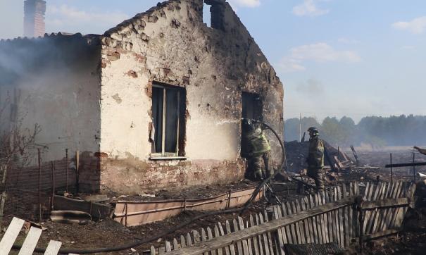 Пожар уничтожил в Постникове 22 строения