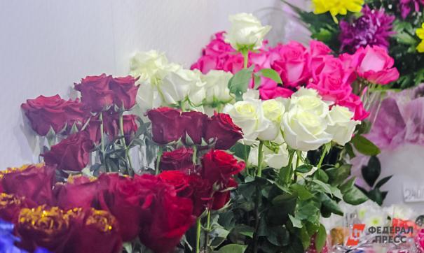 В Подмосковье медикам вручат более 2 тысяч букетов роз
