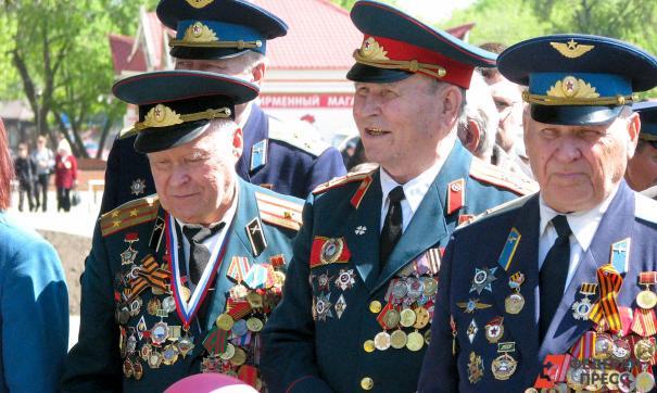 Кремль попросил правительство не приглашать ветеранов на парад Победы