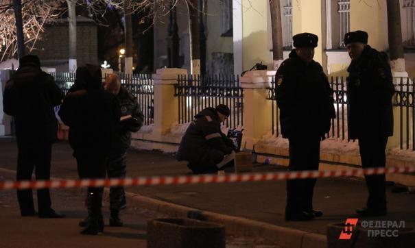 В результате взрыва в автомобиле в Волгограде пострадал один человек
