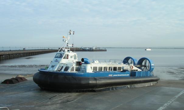 В Тазовской губе спасали пассажиров судна на воздушной подушке