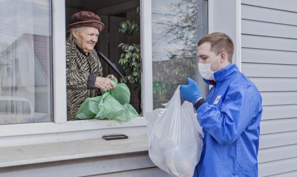 Студенты-волонтеры посвятили 900 часов помощи томичам