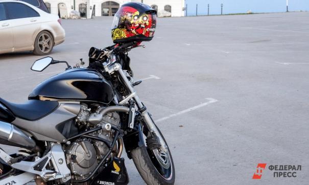 Депутат новосибирского горсовета попал в ДТП на мотоцикле