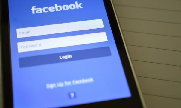 Facebook не заплатил штраф в размере 4 млн рублей
