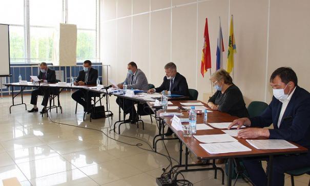 Главу района выбрали с помощью тестирования и тайного голосования депутатов