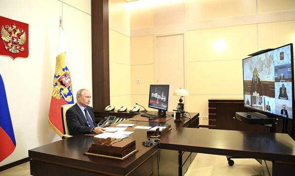 Президент провел совещание по созданию в России новых геномных центров