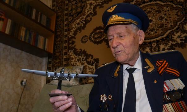 Александр Бондар мечтал высадить Аллею Памяти на базе своего авиаполка
