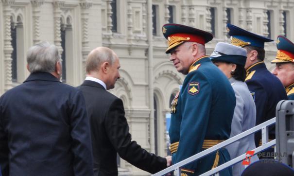 Путин будет смотреть парад как всегда с трибуны