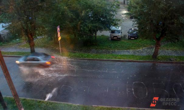 В разных районах Санкт-Петербурга сегодня ожидаются грозы, ливень и порывистый ветер