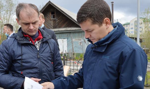 Глава Ямала осмотрел объекты строительства и ремонта в Салехарде