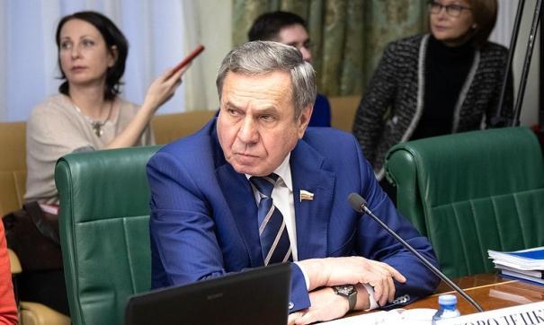 Новосибирский экс-депутат обвинил сенатора Владимира Городецкого во взяточничестве