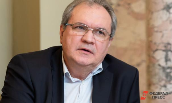 Страна не успела оправиться от распада СССР, считает Фадеев